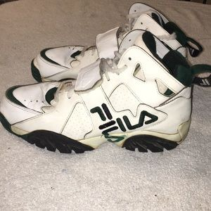 Fila middle high top sneakers